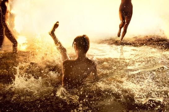 Flash_Flood_Gold_2012_72x108_sm