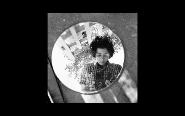 Finding.Vivian.Maier.2013.1080p.BluRay.x264.YIFY.mp4 - 00.16.47.798
